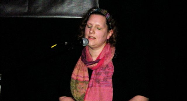 Ruth Hammond at Songwriting Live, Bristol