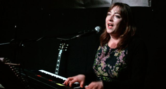 Songwriting Live – Cecile Lemaire