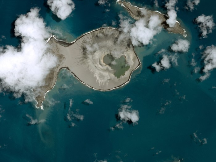 Islands that emerged in the 21st century