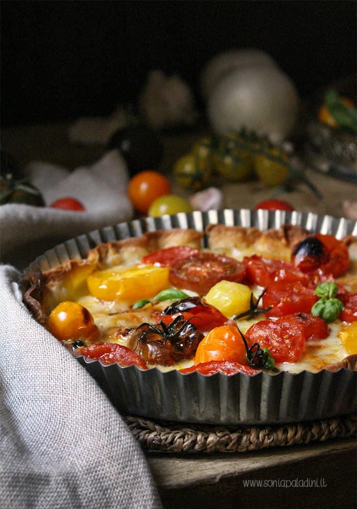 Crostata di pomodori e mozzarella