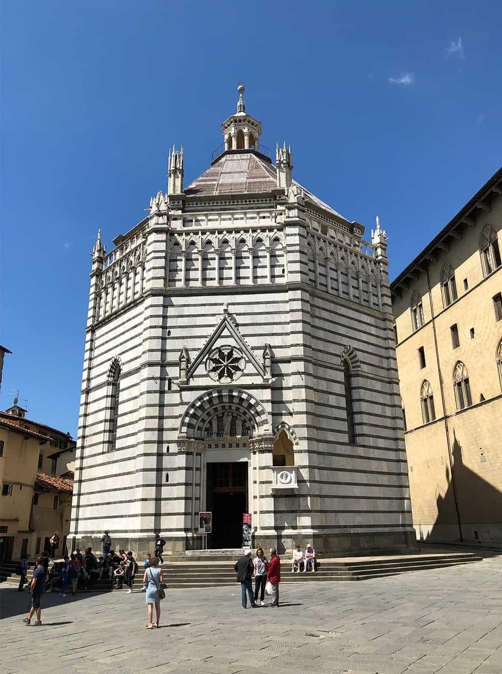 Pistoia Battistero centro storico