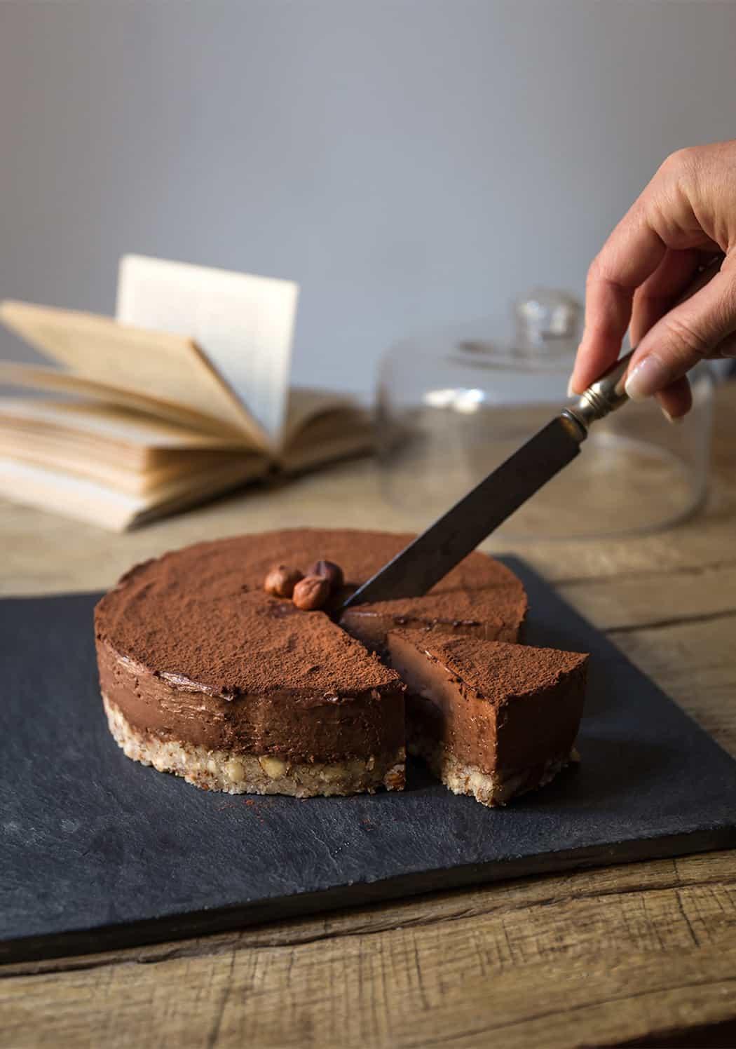 torta alle nocciole con fondente al cioccolato