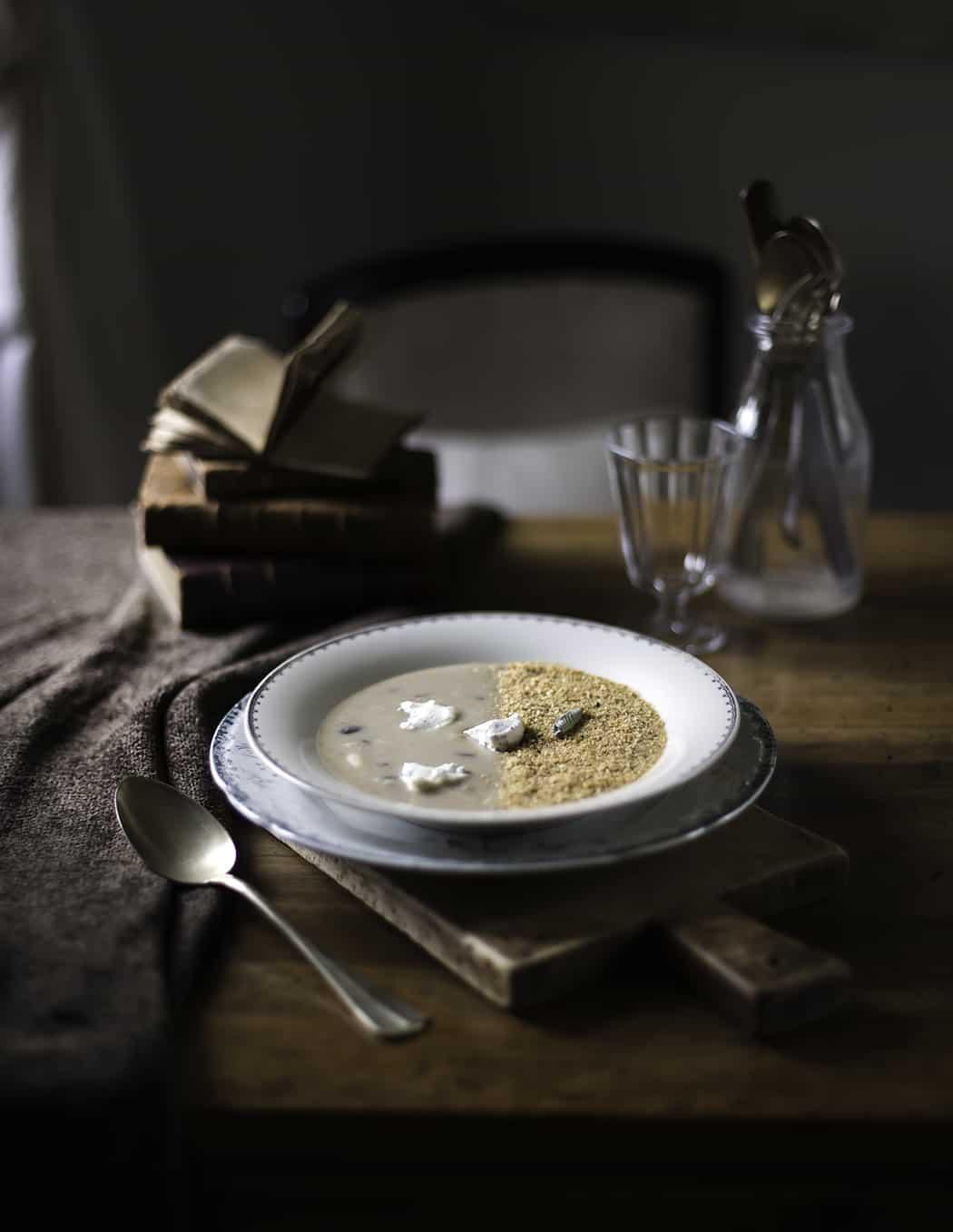 ricetta zuppa con legumi e ricotta alle erbe aromatiche