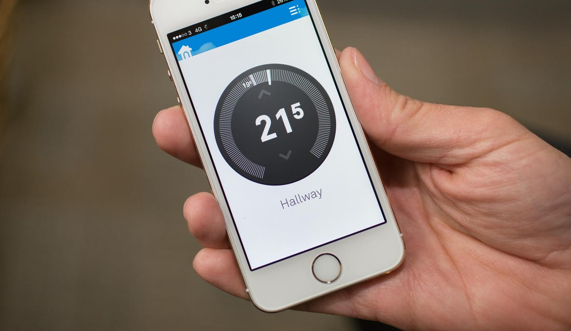 Control the temperature in your home while you are away with Crestron, NEst & Fibaro products