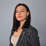 Полина Басова