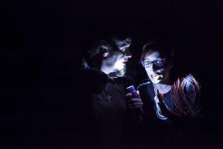 """Szenenfoto aus """"druck."""" von Sonni Maier (Foto: Erhard Dauber)"""