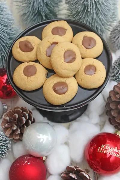 Amarettokugeln mit Schokolade - Weihnachtsplätzchen Rezept