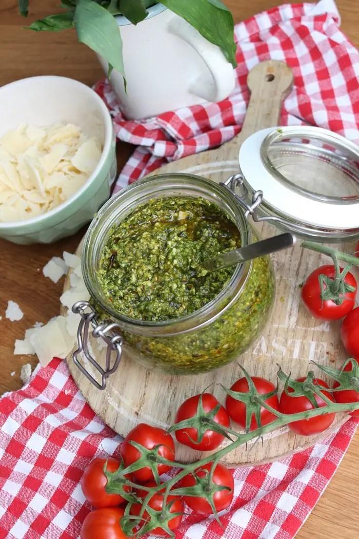 Bärlauch-Tomaten-Pesto Rezept
