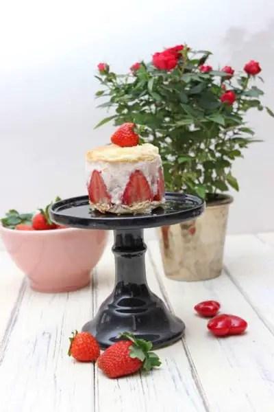 Erdbeer-Holunder-Törtchen zum Muttertag