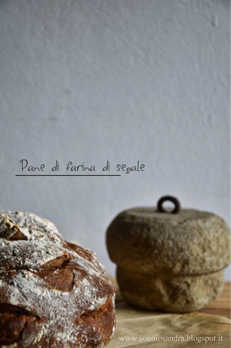 Rosa di pane di segale a lunga lievitazione.... e tutti da Zorra per la giornata mondiale del pane e 365 ricette....