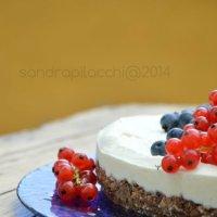 cheese cake ai frutti di bosco, per non accendere il forno insomma....