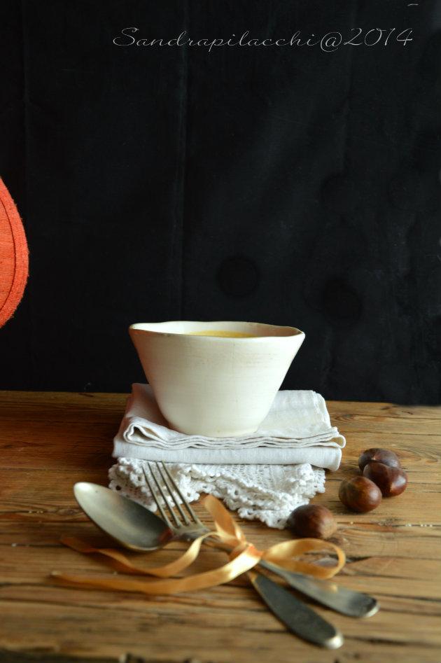 potage di zucca gialla e porro aromatizzato alle castagne