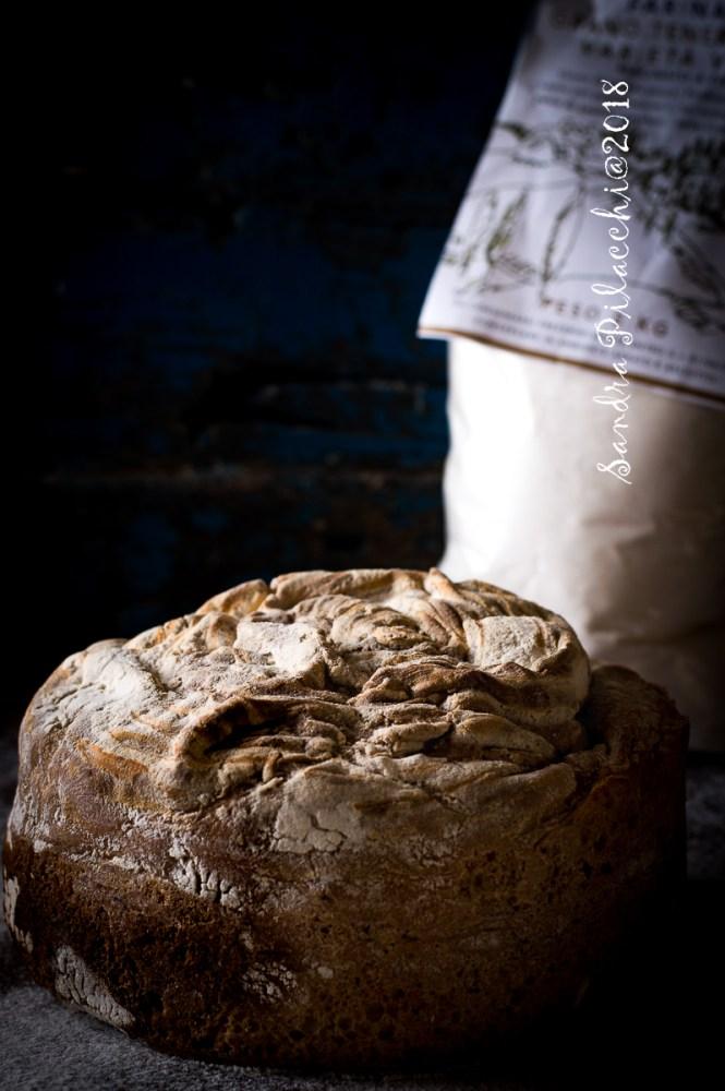 Pane in purezza di farina di grano Verna ad alta idratazione