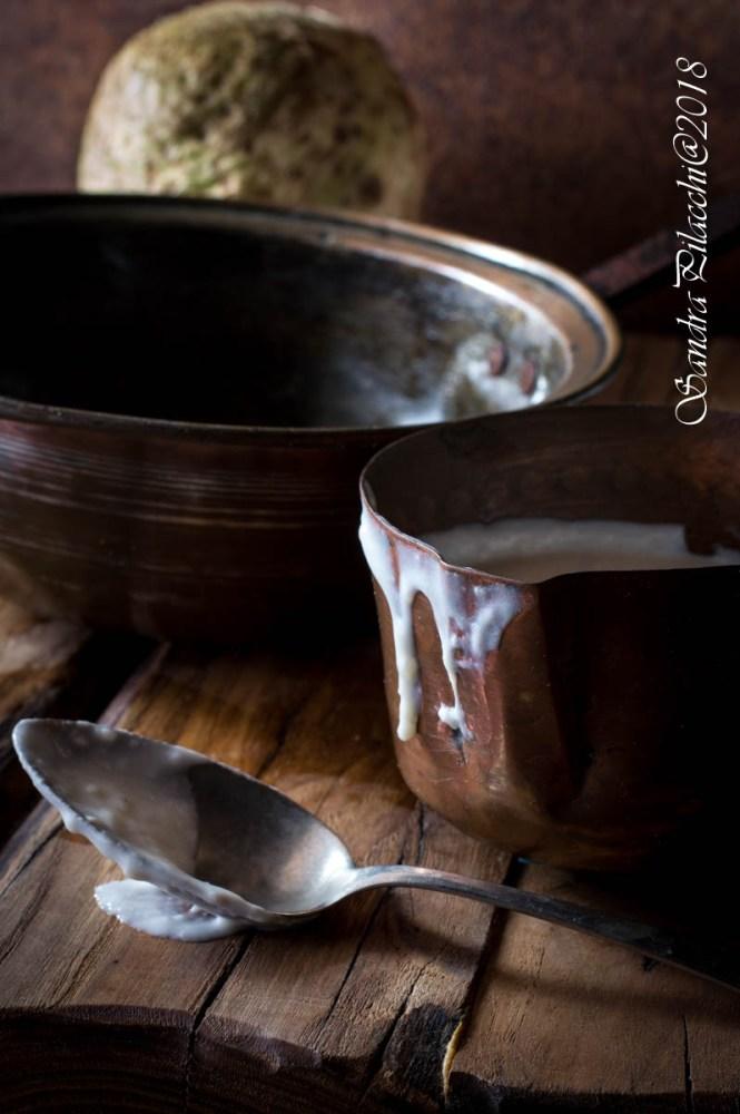 Parmigiana di sedano rapa con besciamella all'olio extra vergine di oliva