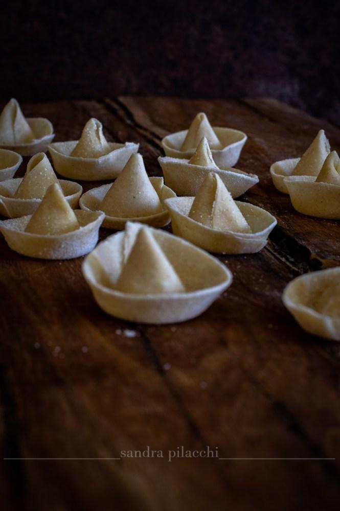 Sombreri di pasta fresca al sugo di colombacci