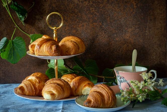 Croissants sfogliati francesi - french croissants