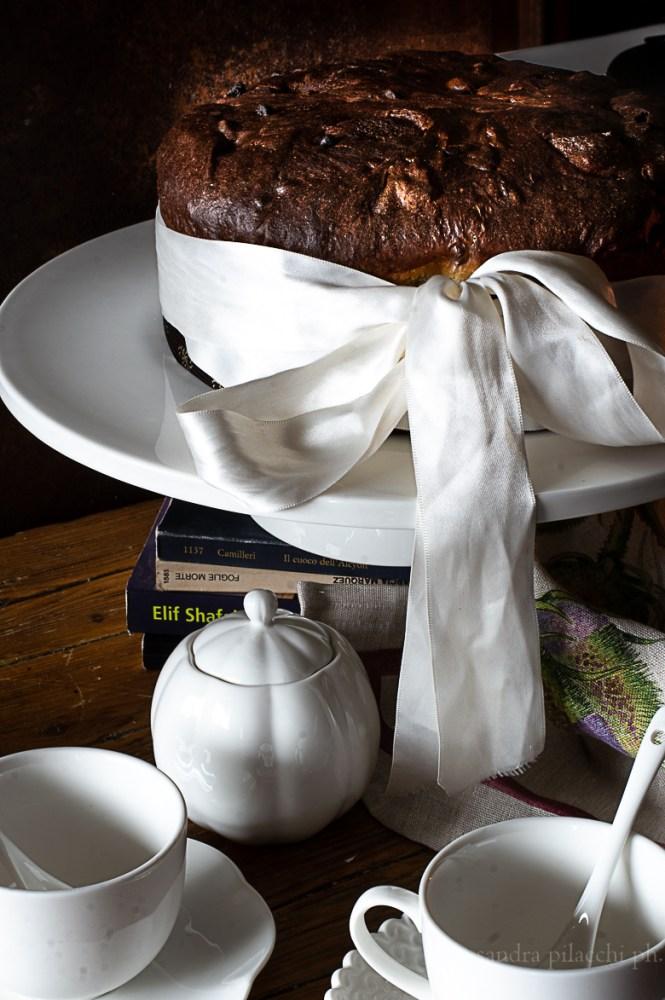 Panettone al cioccolato e pere candite