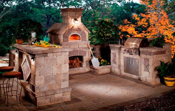 back yard patio design idea 5 Gorgeous Outdoor Rooms to Enhance Your Backyard