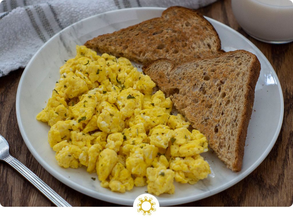 Fluffy and Yummy Scrambled Eggs