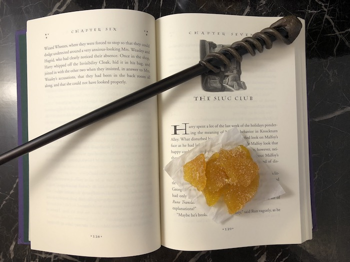 Crystallized Pineapple: A Sweet Snack with Only 3 Ingredients