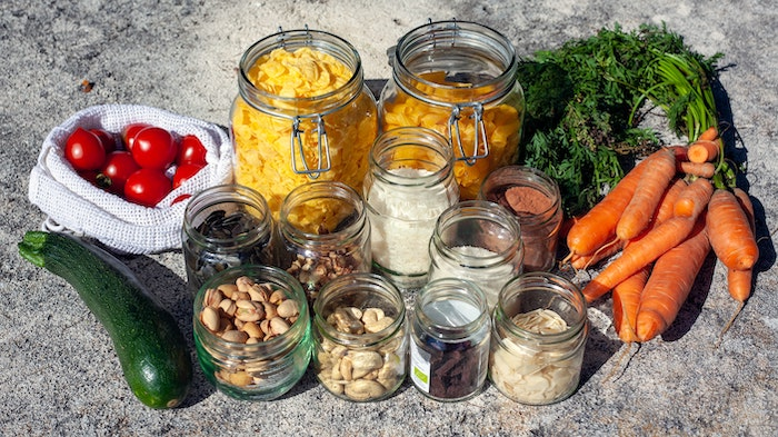 Bulk foods in glass jars and mesh bags for a no waste kitchen