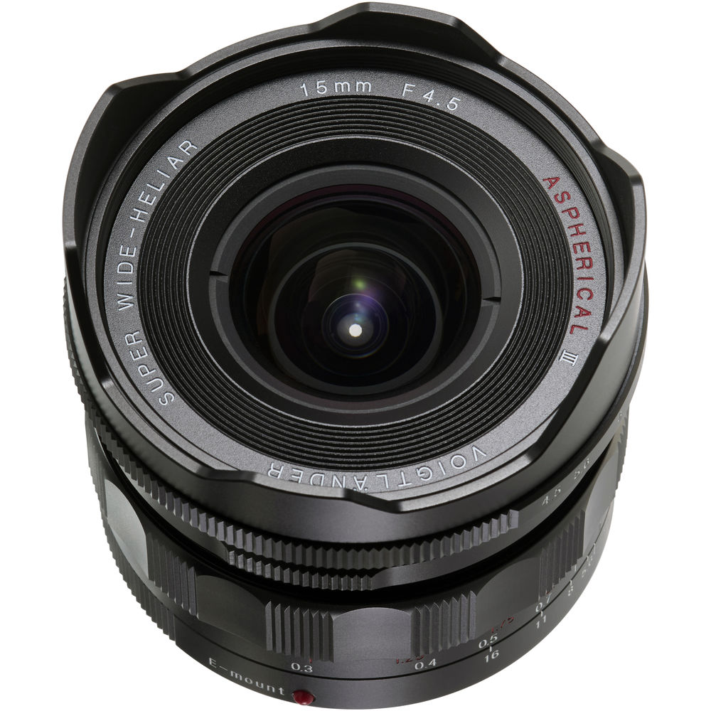 Voigtlander Super Wide-Heliar 15mm f/4.5 Aspherical III Lens