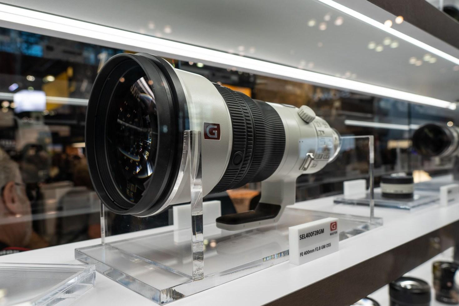 Sony A6500 w/ Sigma 16mm f/1.4 DC DN Lens