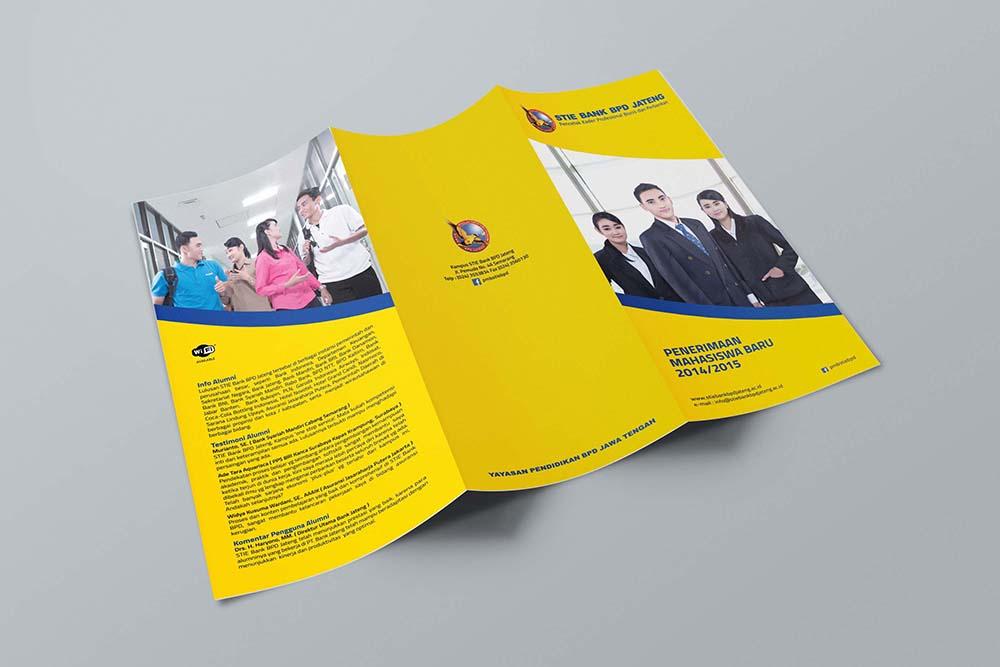 Jasa Pembuatan Desain dan Cetak Brosur di Semarang