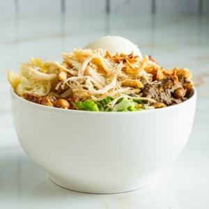 Jasa Foto Makanan Makassar – Bubur Ayam Priangan (Ft. SweetEscape)