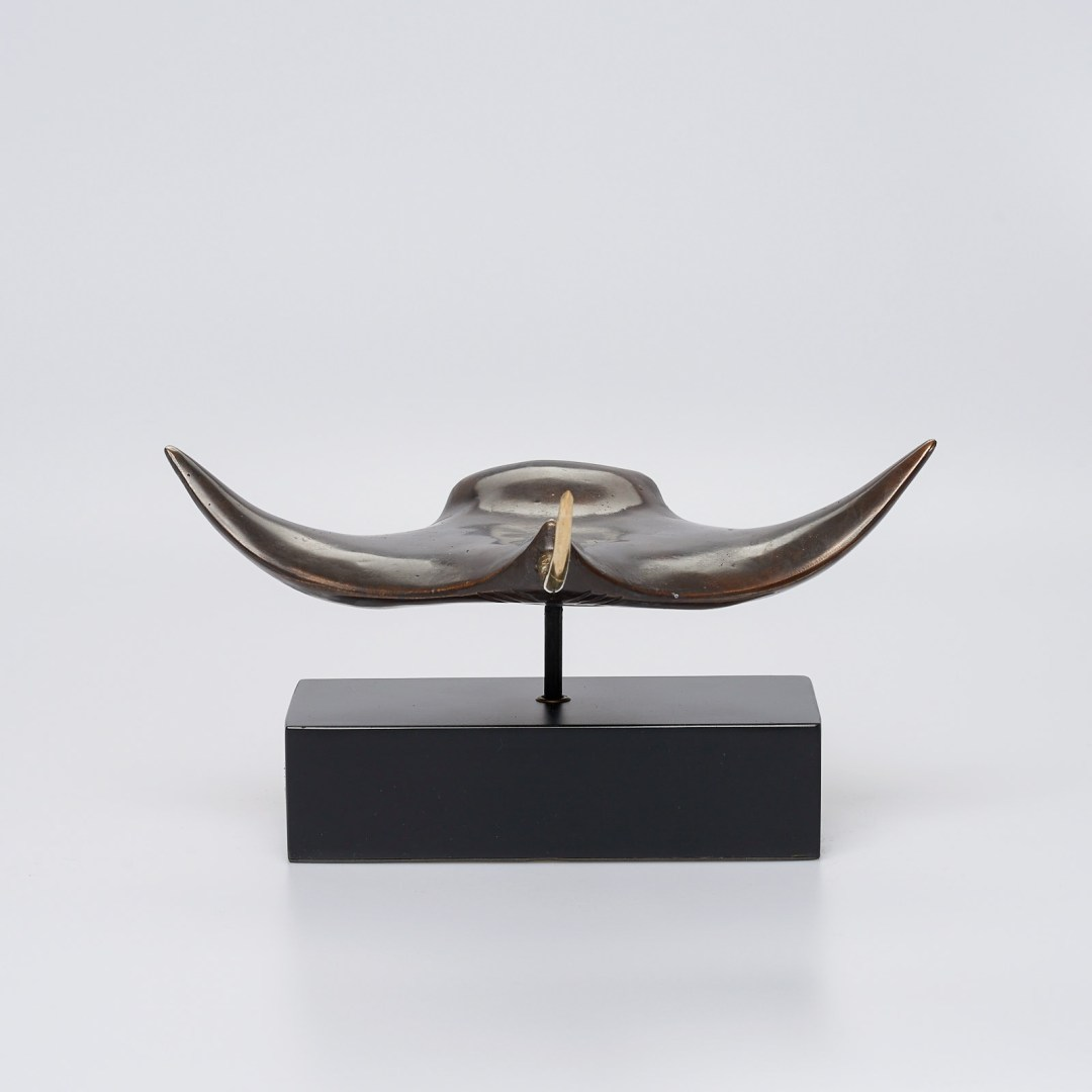 Medium Bronze Manta Ray