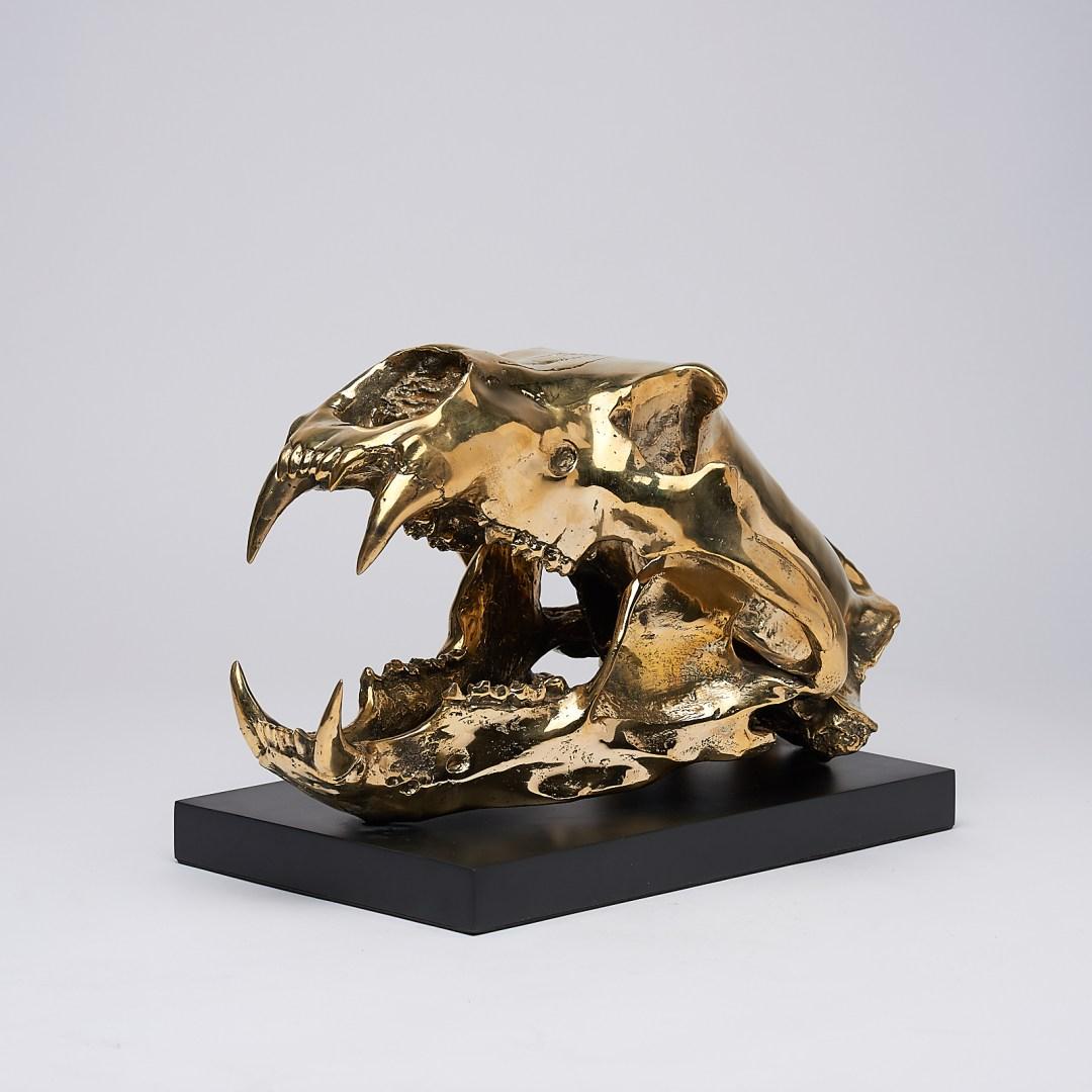 Polar Bear Sculpture in polished bronze