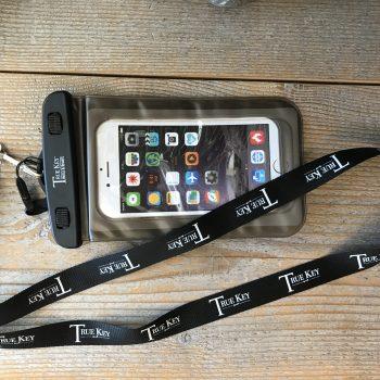 20200311-tkhr-phone-case