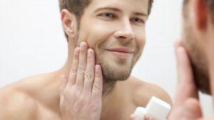 Coisas que não se deve fazer quando se desfaz a barba