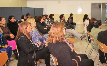 2015-08-01-lanzamiento-centro-emprendimiento-oscus-puente_(5)