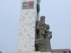 """""""Cambodia-Vietnam War Monument"""" is standing majestically in centre of Phnom Penh. Courtesy: horchange.blogspot"""