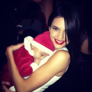 Kendall Jenner In White Dress -02-560x560