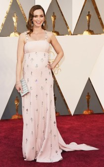 the-oscars-red-carpet-looks-everyone-is-talking-about-1677255-1456708428.640x0c