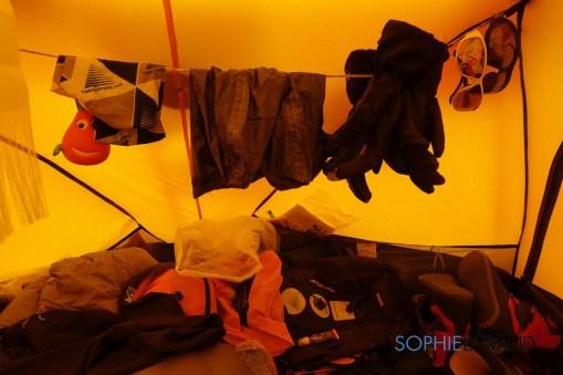 bordel dans la tente