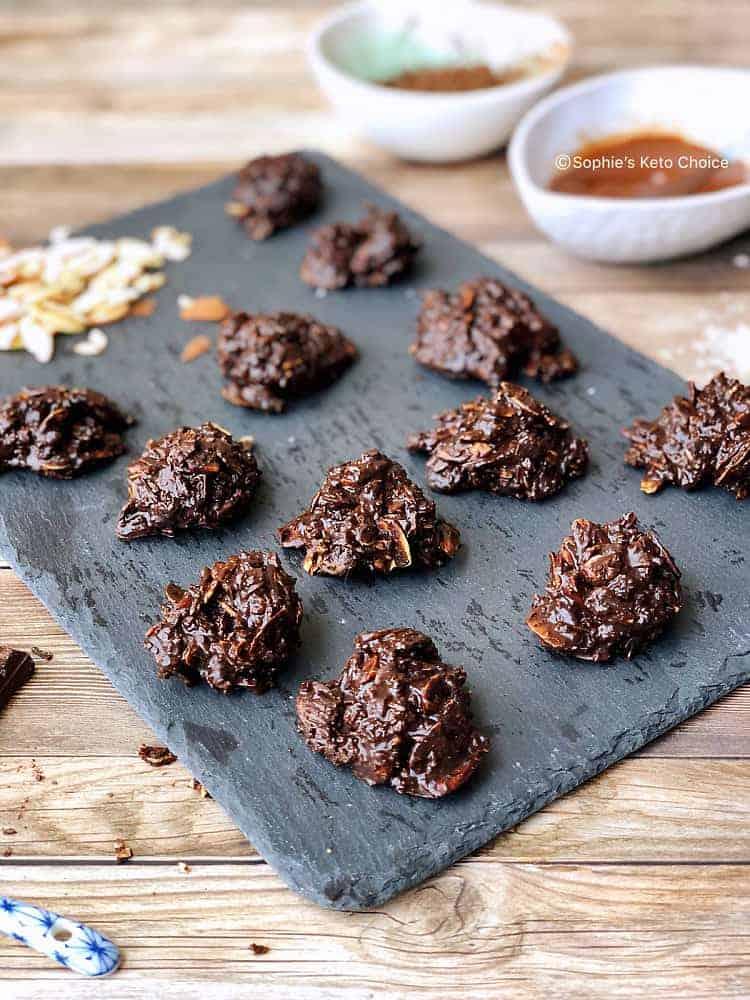 免烤生酮杏仁巧克力脆片 -酥脆停不了口-7樣材料10分鐘完成-簡易生酮甜點