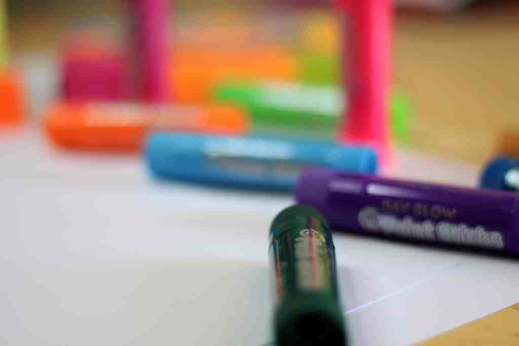 Little Brian Paint Sticks – A No Mess Paint Solution?