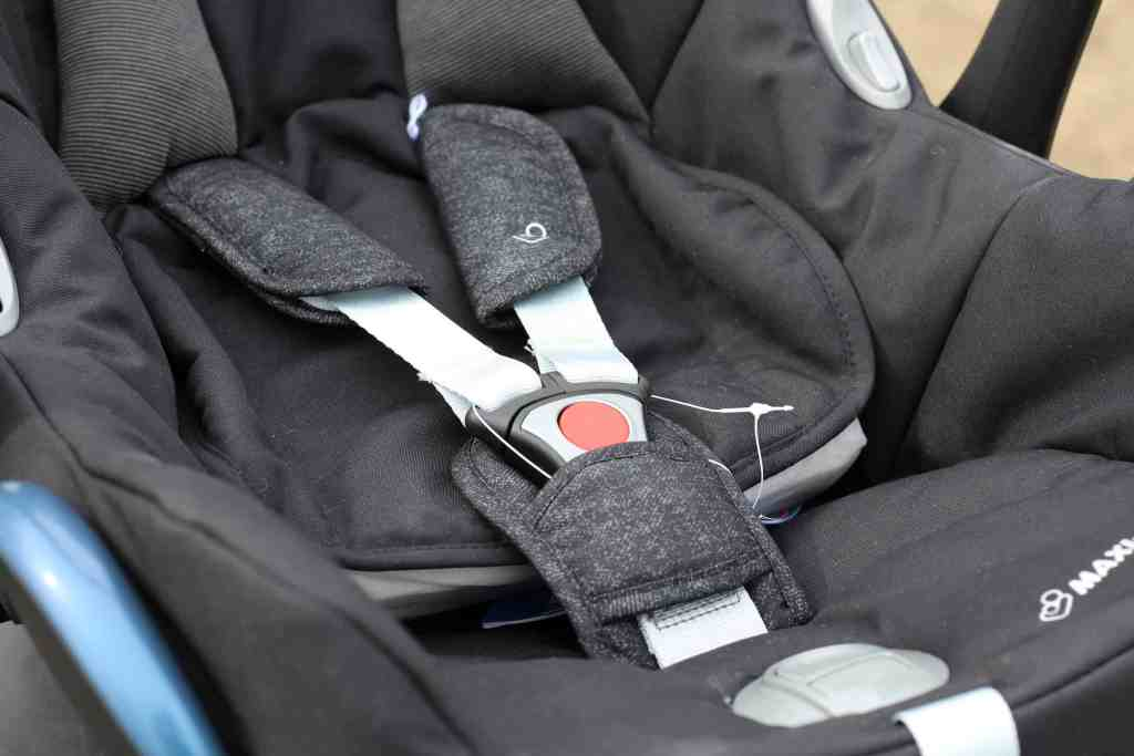 Maxi Cosi CabrioFix Group 0+ Car Seat – Digital Black
