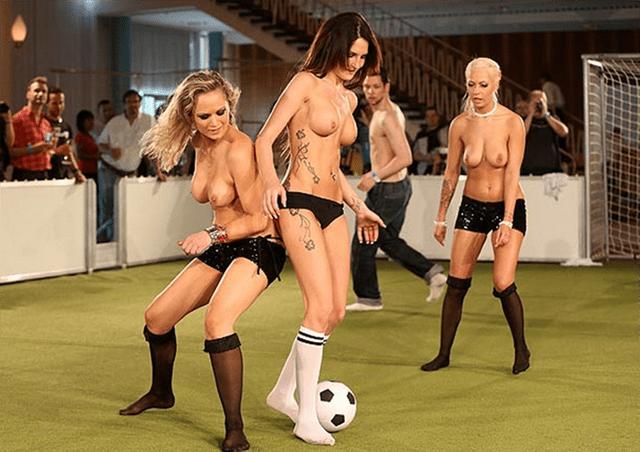 Resultado de imagen para futbolistas mujeres desnudas
