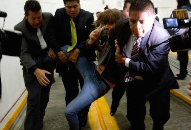 violento_senado