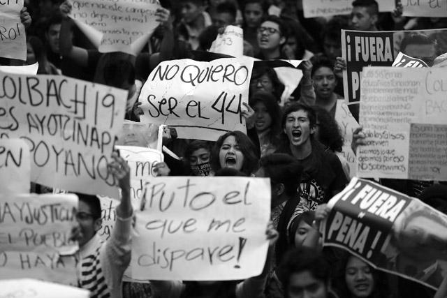 #20NovCDMX-Ayotzinapa-26