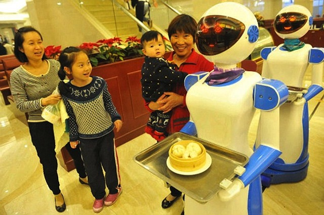 Sam And Cat Robot Restaurant Open For Business