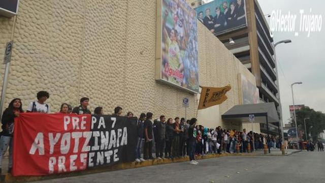ayotzinapa_televisa