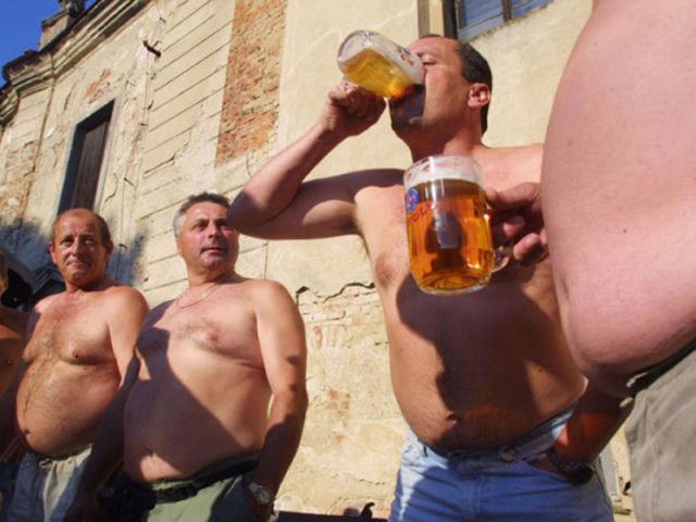 checos_alcohol