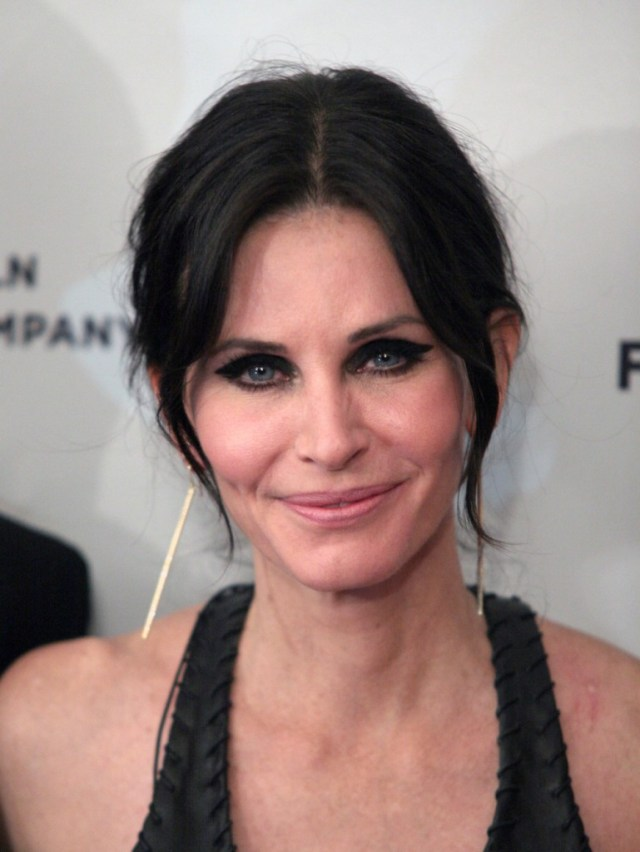 courteney-cox-2014-769x1024