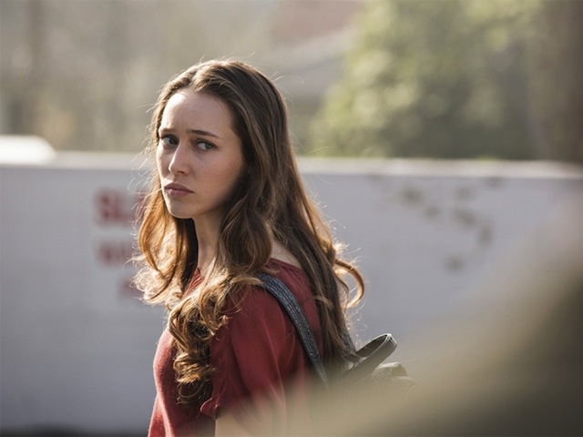 Alycia Debnam Carey as Alicia  - Fear the Walking Dead _ Season 1, Episode 1 - Photo Credit: Justin Lubin/AMC