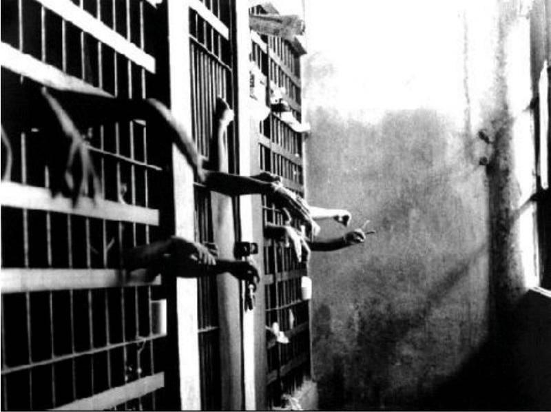 Uno de cada 31 estadounidenses adultos, están en la cárcel